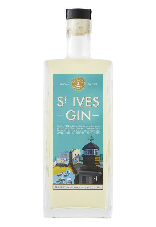 St Ives Gin Product Shot