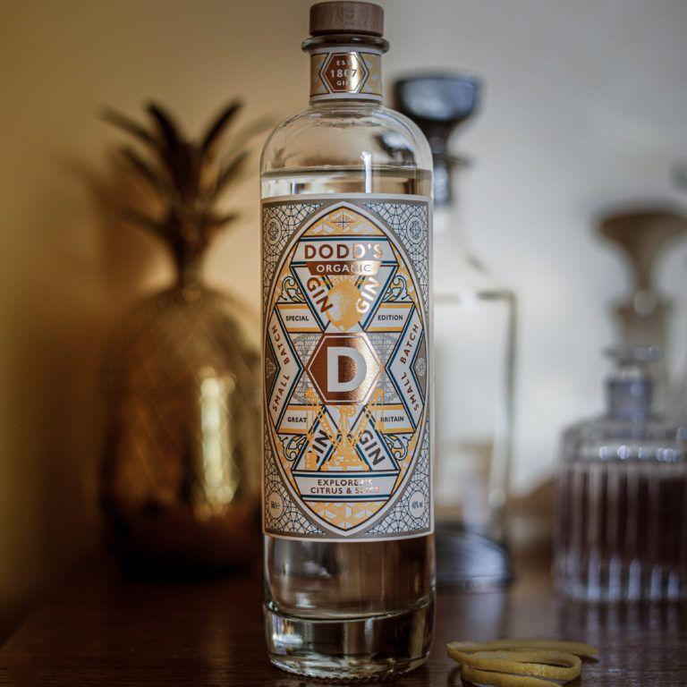 Dodd's Citrus & Spice Organic Gin Lifestyle (6)