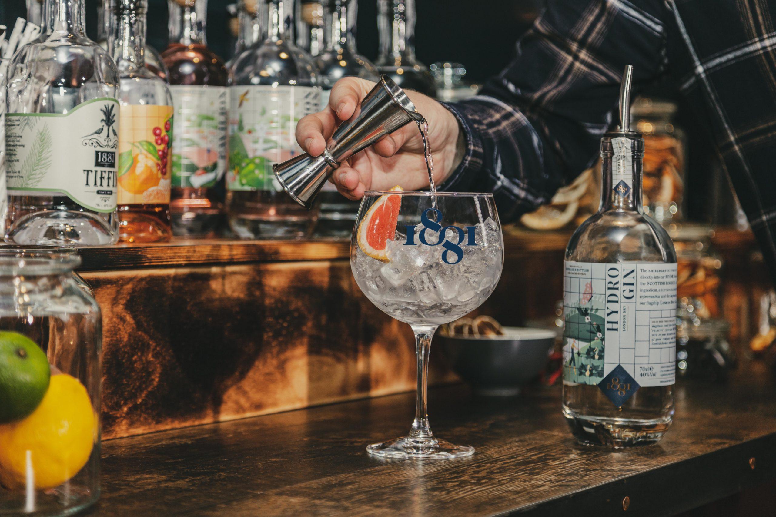 1881 Gin
