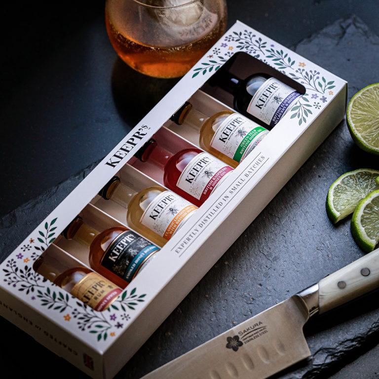 Keepr's Honey Spirits Gift Set 6 X 5cl (lifestyle 1)